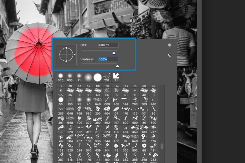 photoshop colour splash red umbrella editing screen capture