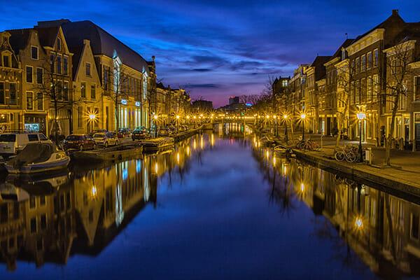 blue hour city night time