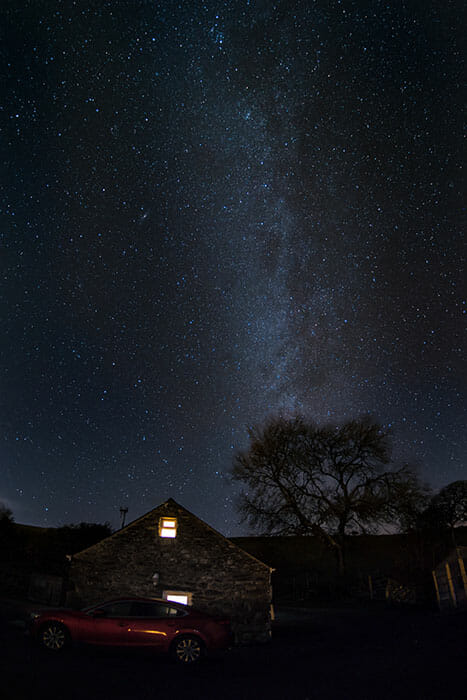 wales astrophotography milky way by emily lowrey