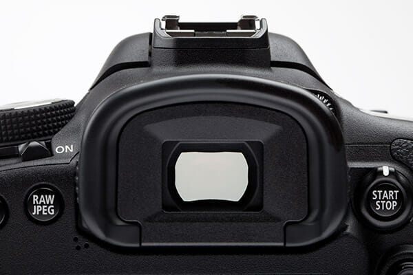 what camera is best iphotography viewfinder on a DSLR