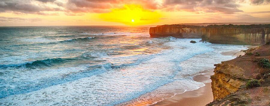 iphotography dynamic range sunset on a cliff looking at sea